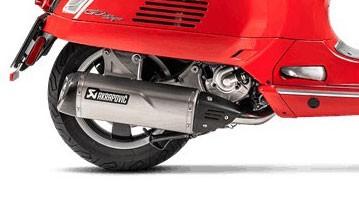 Akrapovic Carbon- Hitzeschild VESPA GTS/GTV 250/300/GTS 125/150 i.e Super/Sei Giorni/HPE
